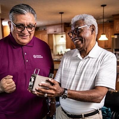 https://www.homeinstead.com/siteassets/franchise/_shared-media/expert-home-instead-caregiver-provides-companionship-for-elderly-2.jpg
